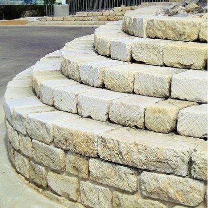 Milsap Sawcut Stone - Retaining Wall